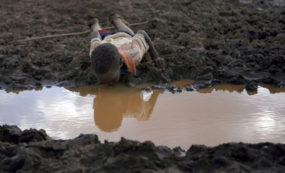 Drinking dirty water kills 4,500 children every day